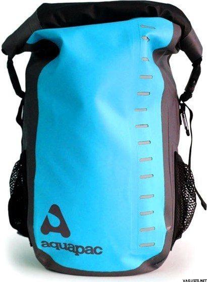 Blue//Black 28L Aquapac Trailproof Daysack