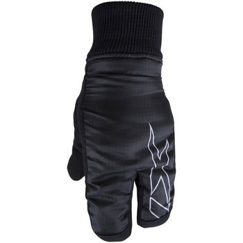 Traditional skiing gloves