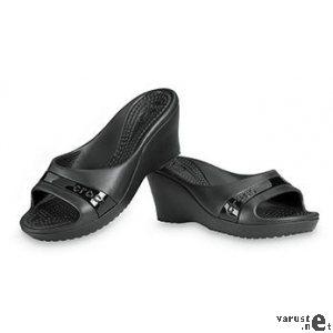 Crocs sassari black&white dress.